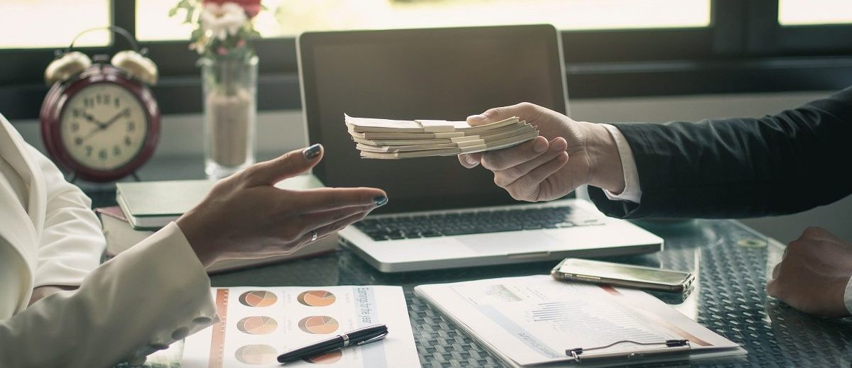 ความแตกต่าง Passive Income และ Active Income ต่างกันแค่ไหน แล้วคุณจะเลือกอะไร?